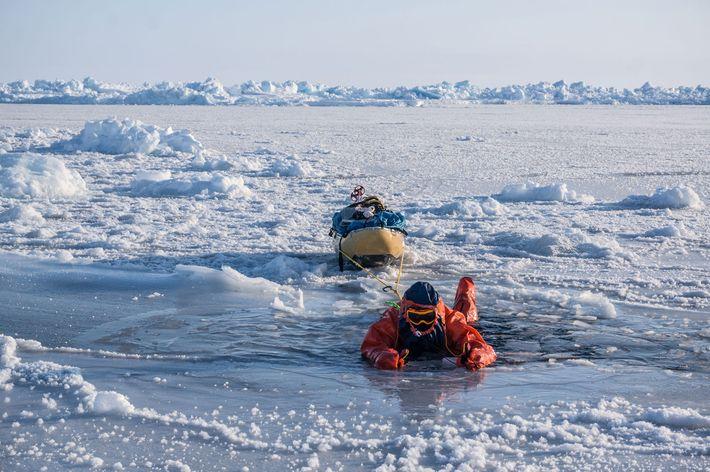 eric-larsen-spreading-weight-ice