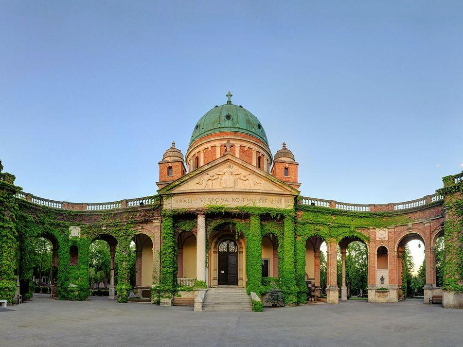 Visite los cementerios más bonitos de Europa.