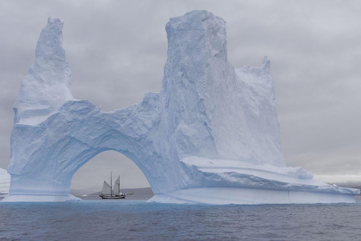 A través del hielo