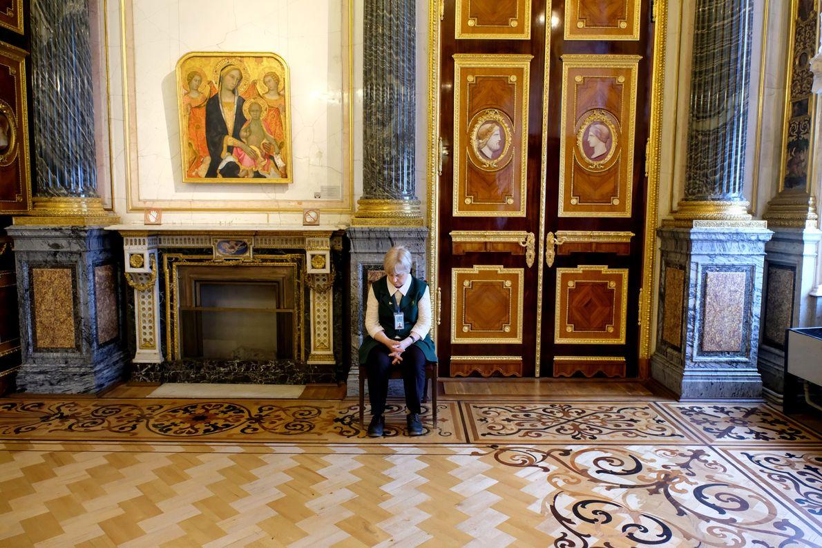 El opulento edificio fue la residencia oficial de los zares Romanov.
