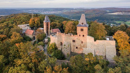 Este castillo en el sur de Hesse, Alemania, ha inspirado legendas desde el siglo XVII.