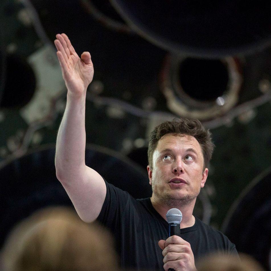 La NASA selecciona a SpaceX para llevar a los astronautas a la Luna