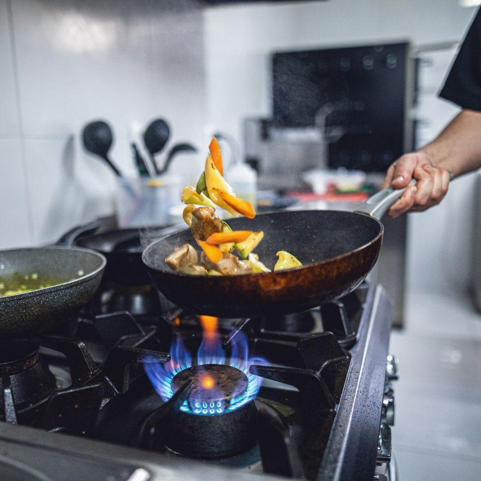 La calefacción y las cocinas a gas contribuyen al calentamiento climático. ¿Deberían prohibirlas?
