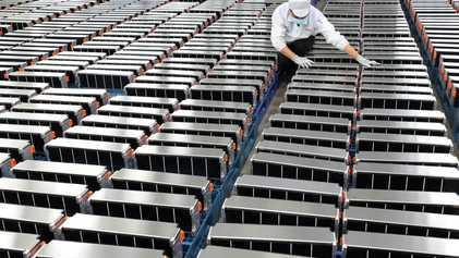 Ante el creciente desarrollo de los vehículos eléctricos, se empieza a plantear la necesidad del reciclaje ...