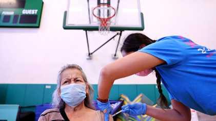 ¿Por qué hay que vacunarse aunque se haya tenido COVID-19?