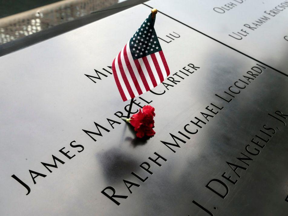 Atentados del 11 de septiembre de 2001: ¿Cómo los monumentos ayudan a recordar sucesos históricos?