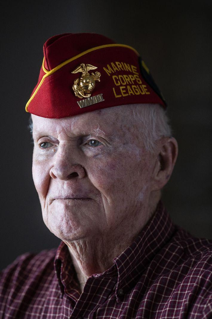 """""""Pasé mi cumpleaños número 20en Iwo Jima,"""" dice John """"Jack"""" Thurman, ahora a los 94. """"Algunos ..."""