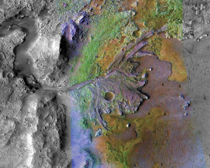 El rover Perseverence aterrizará en el cráter Jezero, representado en esta imagen tomada por el Mars ...