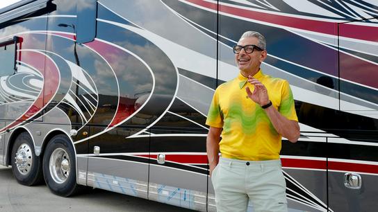"""""""Pensamos en hacer temas familiares en los que podríamos encontrar algo inesperado"""". Jeff Goldblum y una caravana– uno de los 12 ..."""