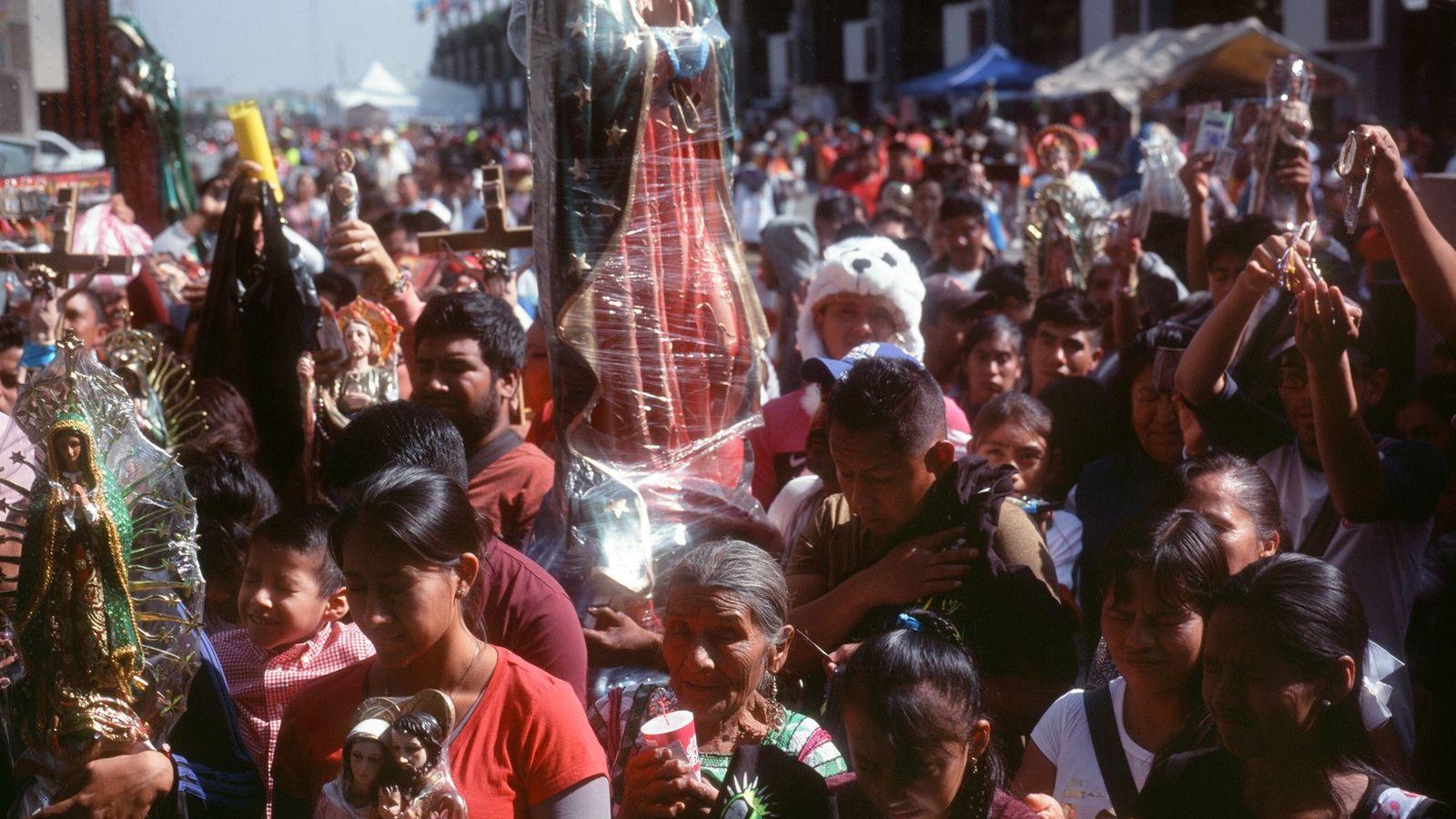 Cada año, millones de peregrinos visitan la Basílica de Nuestra Señora de Guadalupe en la Ciudad ...
