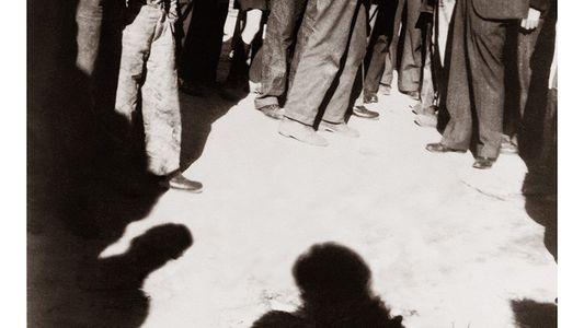 """Racismo y linchamientos en Estados Unidos. """"Erased Lynching"""" un proyecto de Ken Gonzales-Day"""