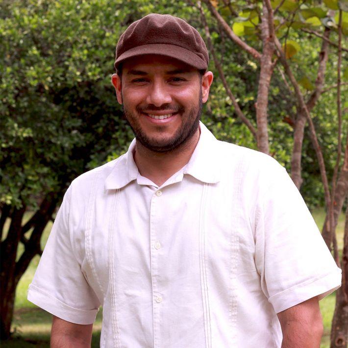Manuel Sevilla es doctor en antropología y licenciado en comunicaciones y periodismo. Explorador de National Geographic.