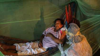 Brasil: enfermera indígena asiste a 700 familias en la lucha contra la pandemia de coronavirus