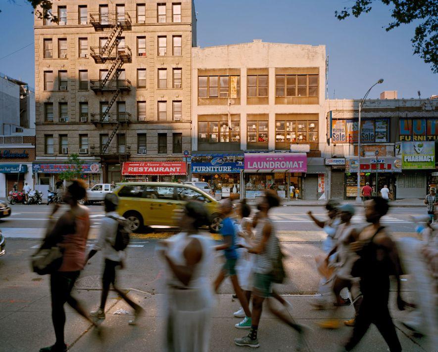 Dr. Martin Luther King Jr. Boulevard en New York, New York Renombrado en 1984 Bailarines en el espectáculo ...