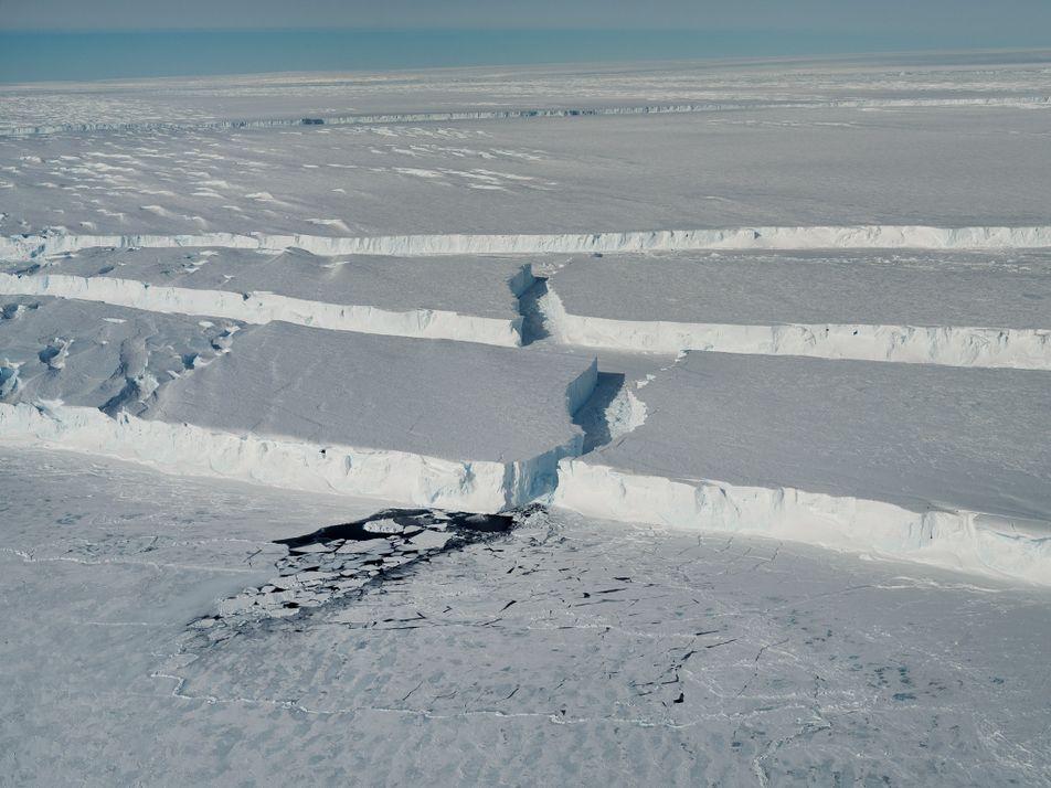 Iceberg gigante se desprendió en la Antártida