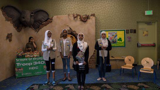 Jumana Mussa, Dana Mussa, Jana Hassan y Marya Tailakh, Girl Scouts de la Tropa 3408 en ...