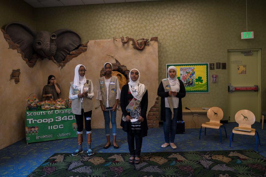 Jumana Mussa, Dana Mussa, Jana Hassan, and Marya Tailakh, Girl Scouts from Troop 3408 in Anaheim, ...