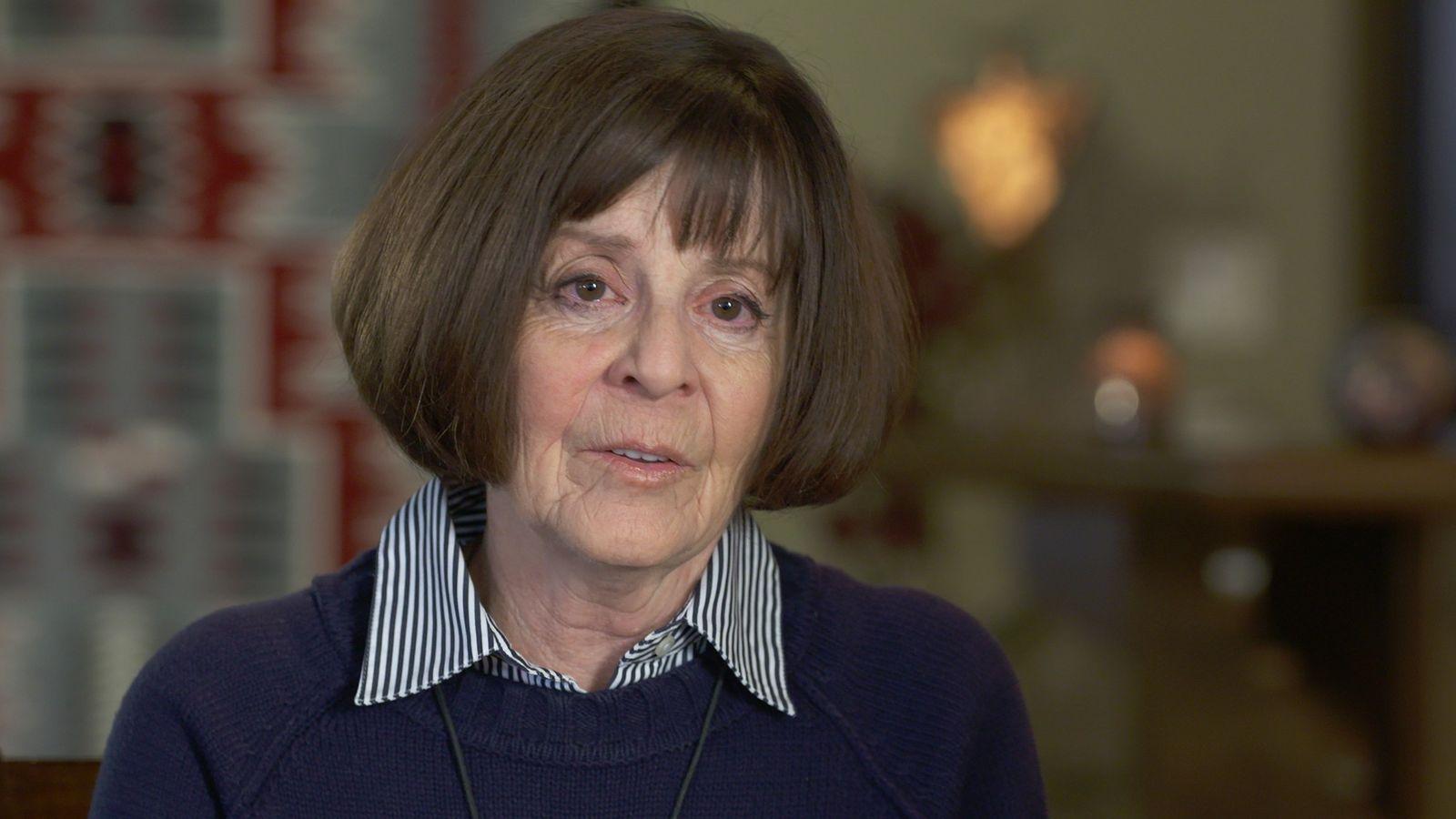 Ahora jubilada, la coronel del ejército Nancy Jaax se desempeñó como jefa de la división de ...