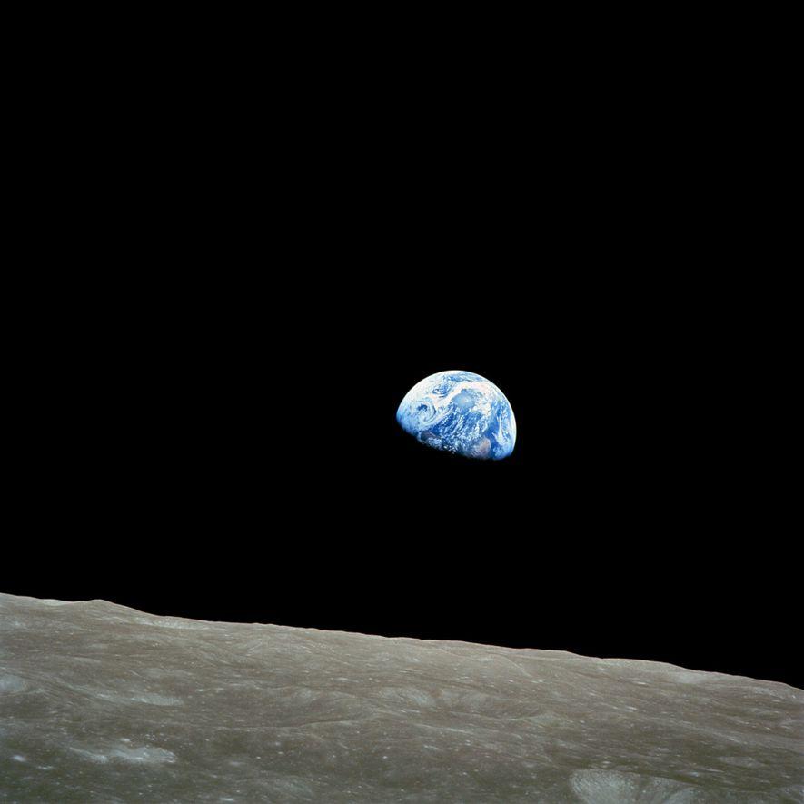 Apollo 8, la primera misión en llevar seres humanos a la Luna, ingresó a la órbita ...