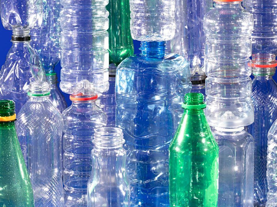 Gana impulso un tratado internacional para regular la contaminación plástica