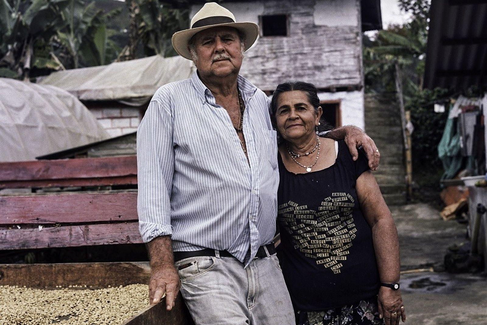 Don Fabio y su esposa, María Lindelia Jaramillo Atehortua, han dedicado sus vidas al cultivo de ...