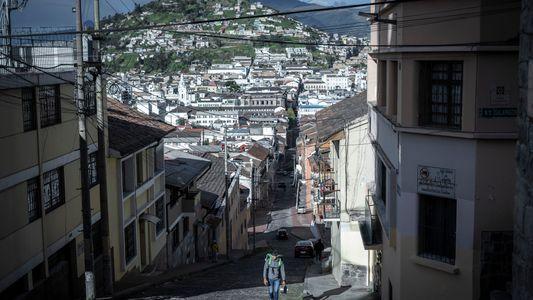 """""""Los repartidores de delivery, trabajadores esenciales durante la pandemia en Quito, Ecuador"""""""
