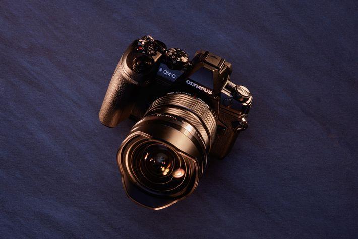Ideal para: fotografías de vida silvestre. El sellado impermeable profesional, las palancas oscilantes para los cambios de ...