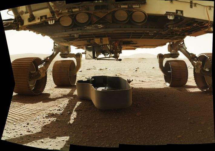 Ingenuity attached to Perseverance rover