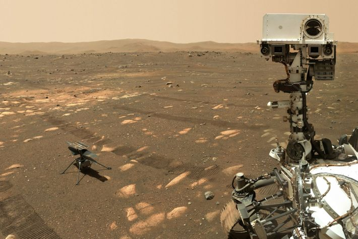 Perseverance with Ingenuity on Mars