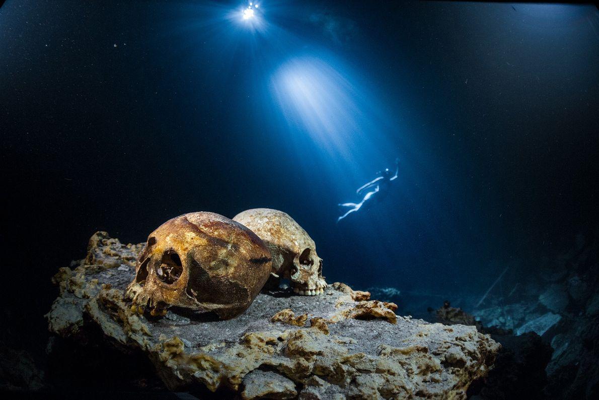 Calaveras bajo el agua