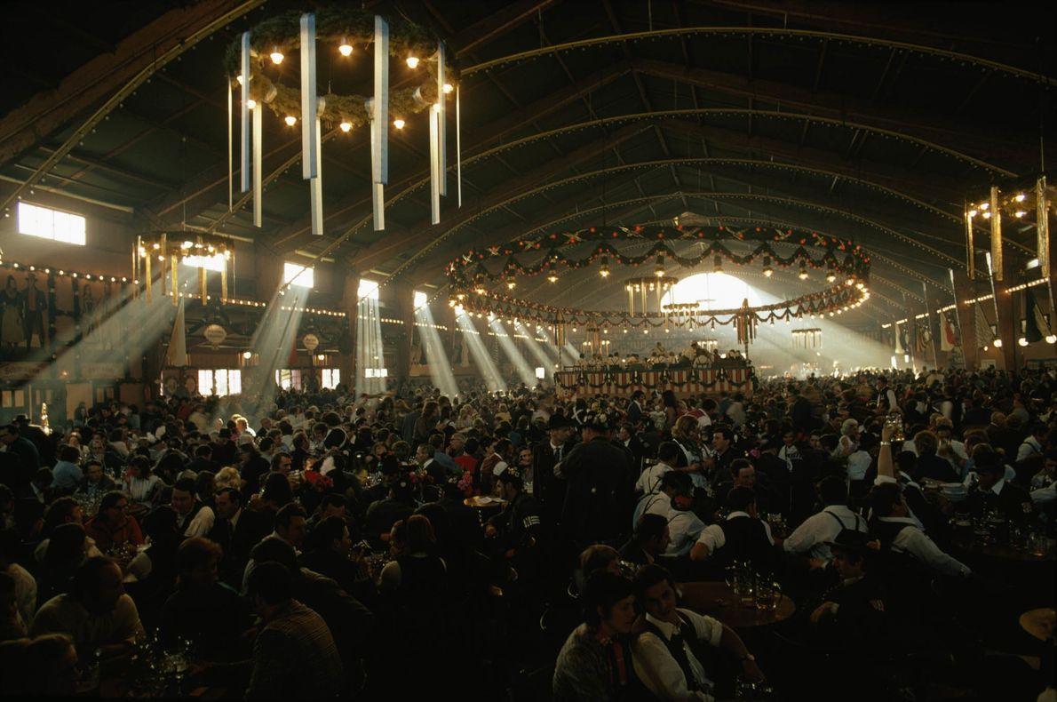 Multitudes del Oktoberfest