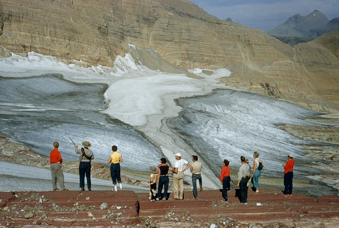 Contemplando el glaciar
