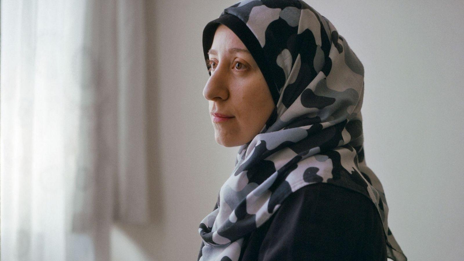 Amani Ballour, formada como pediatra, pasó directamente de la facultad de medicina a tratar a los ...