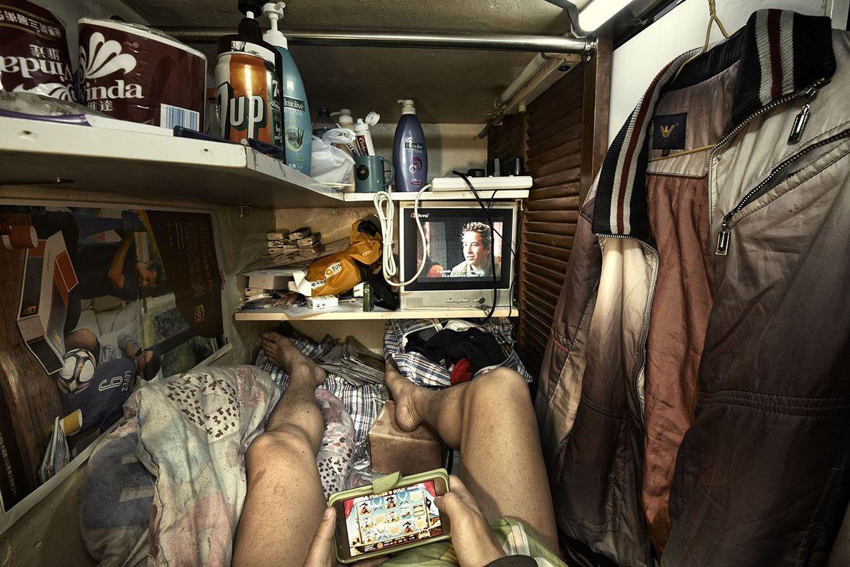 Se estima que 200.000 residentes en Hong Kong viven en alojamientos inadecuados, según la Sociedad para ...