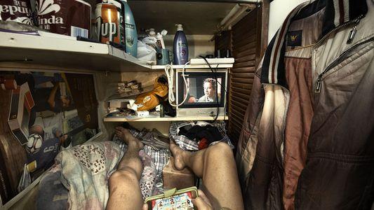 """La vida dentro de las """"casas ataúd"""" de Hong Kong"""