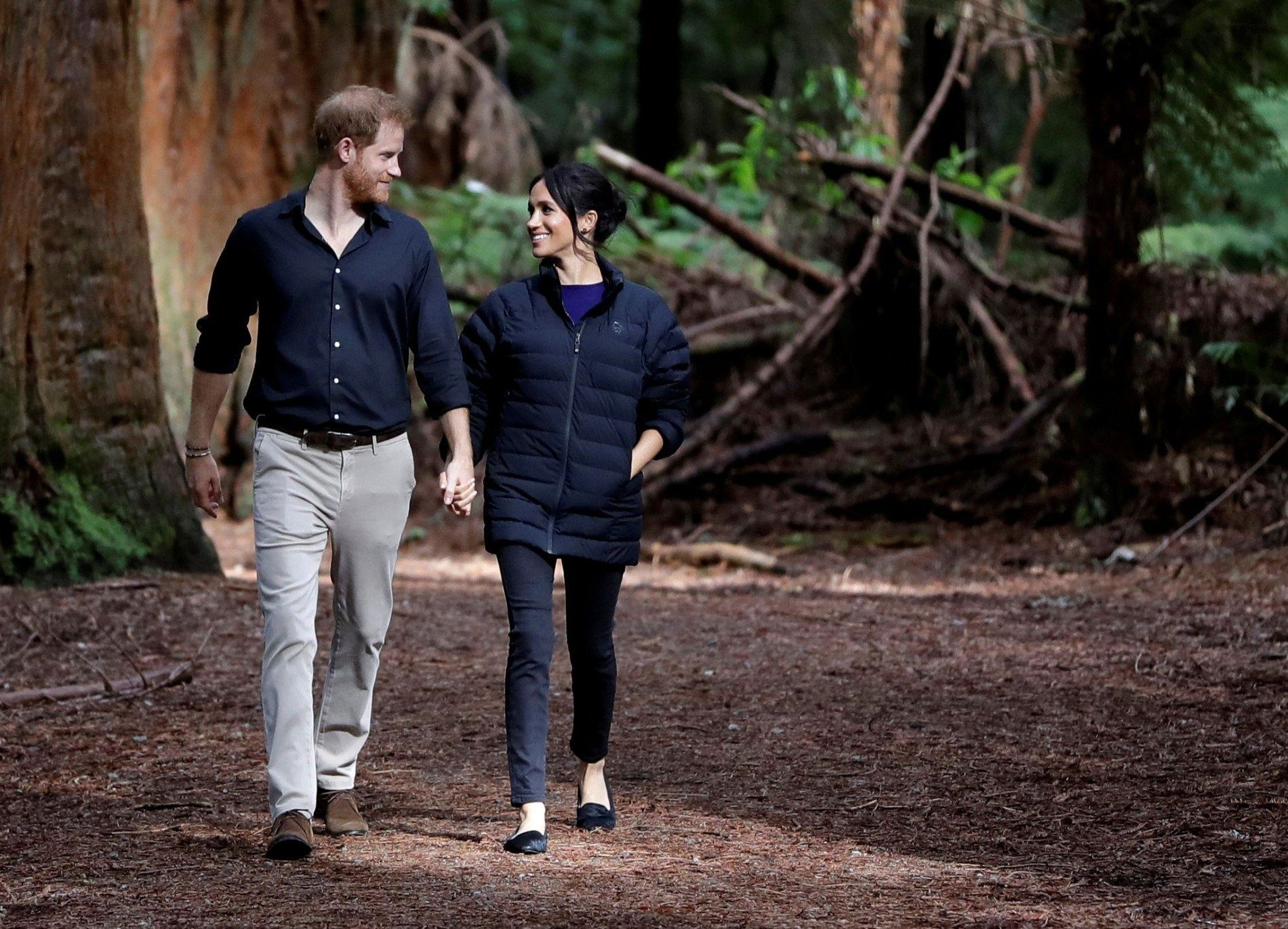 El príncipe Enrique y Meghan Markle han anunciado que se retirarán de las funciones reales y ...