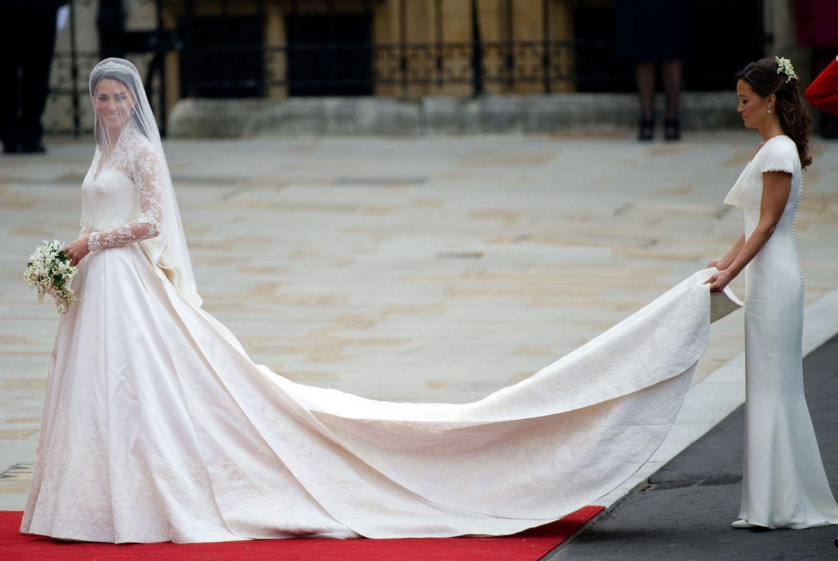 Si bien Kate Middleton usó un vestido blanco el día de su boda en 2011, la ...