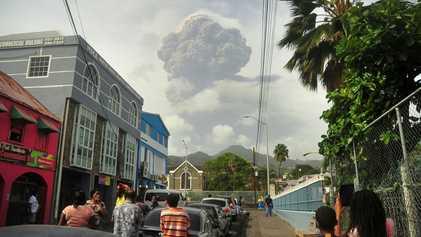¿Por qué el volcán La Soufrière, en erupción, tiene una reputación tan letal?
