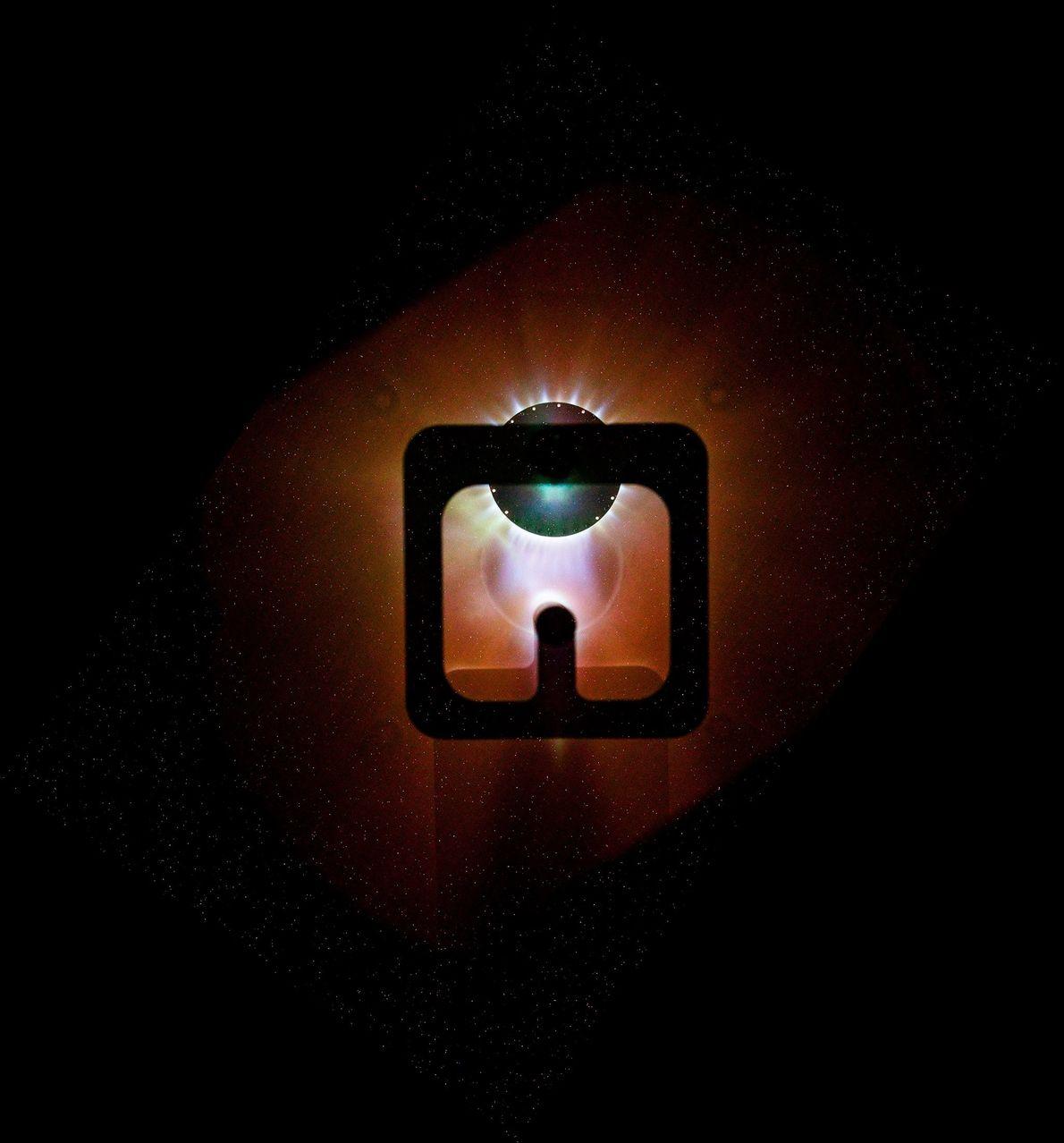 El generador Mega Ampere para experimentos de implosión de plasma, o MAGPIE, es una máquina de ...