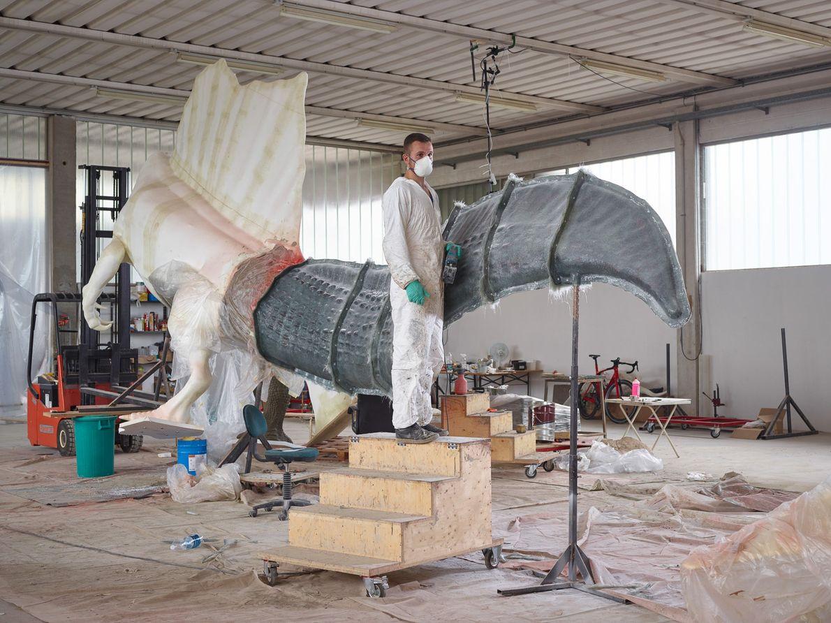 Con nuevos huesos vienen nuevos modelos: Guzun Ion de DI.MA. Dino Makers, una firma de esculturas ...