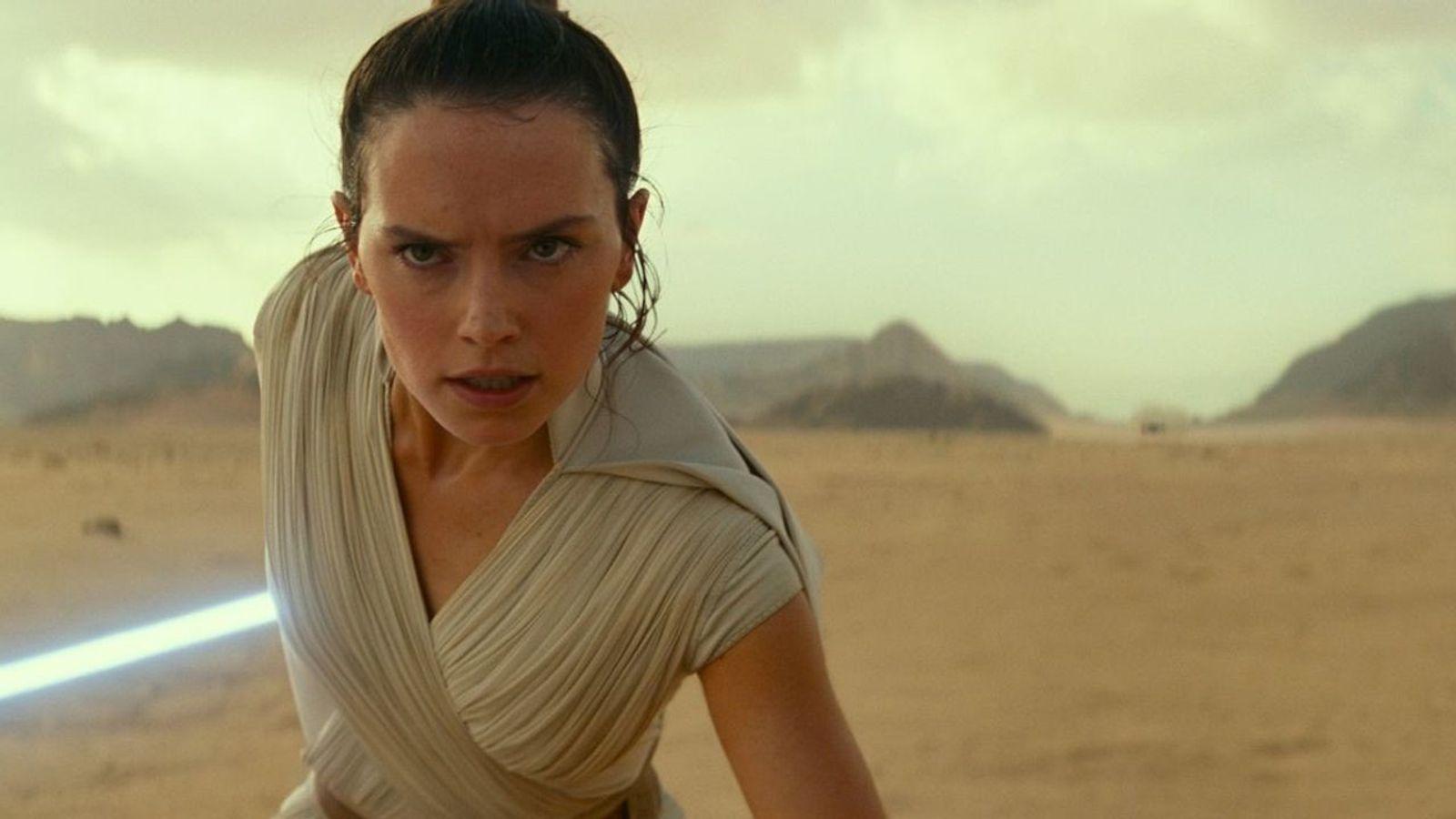 Rey (Daisy Ridley) en una escena deStar Wars: El ascenso de Skywalker. Muchas de las escenas ...