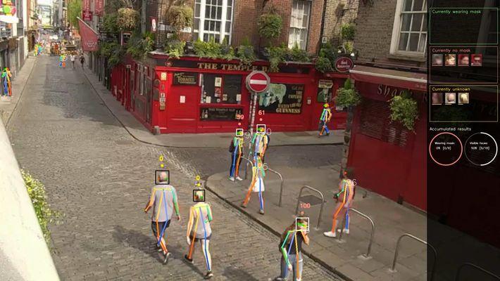 El software de Tryolabs identifica si las caras visibles están descubiertas o si están usando máscaras ...
