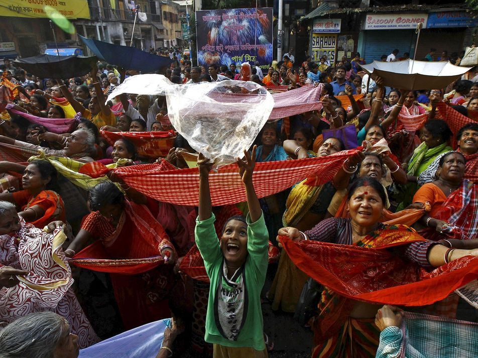 Templos indios se oponen al uso de plásticos en honor a un elefante