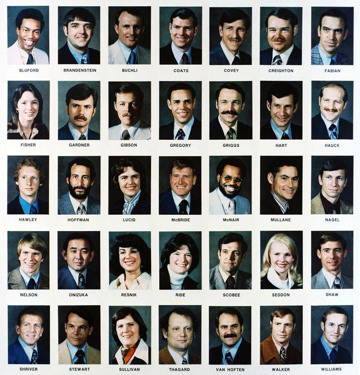 Clase de 35 astronautas seleccionados en 1978 para volar el nuevo transbordador espacial.