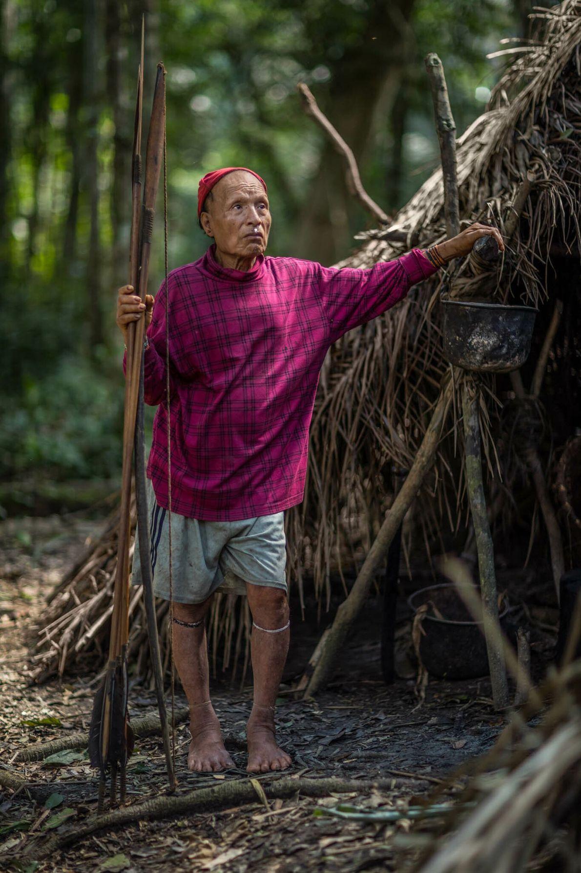 Cuando los misioneros entraron en contacto con algunos miembros de la tribu mastanahua en 2003, solo ...