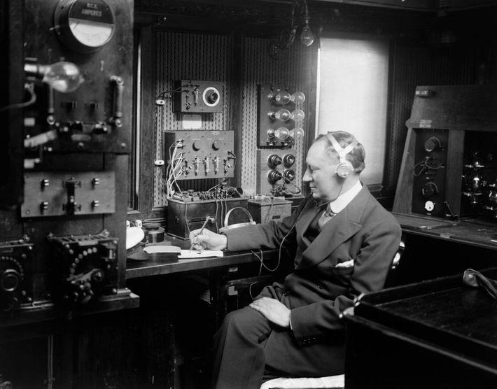 Guillermo Marconi (1874-1937) fue un pionero de la comunicación inalámbrica y el Titanic fue uno de ...