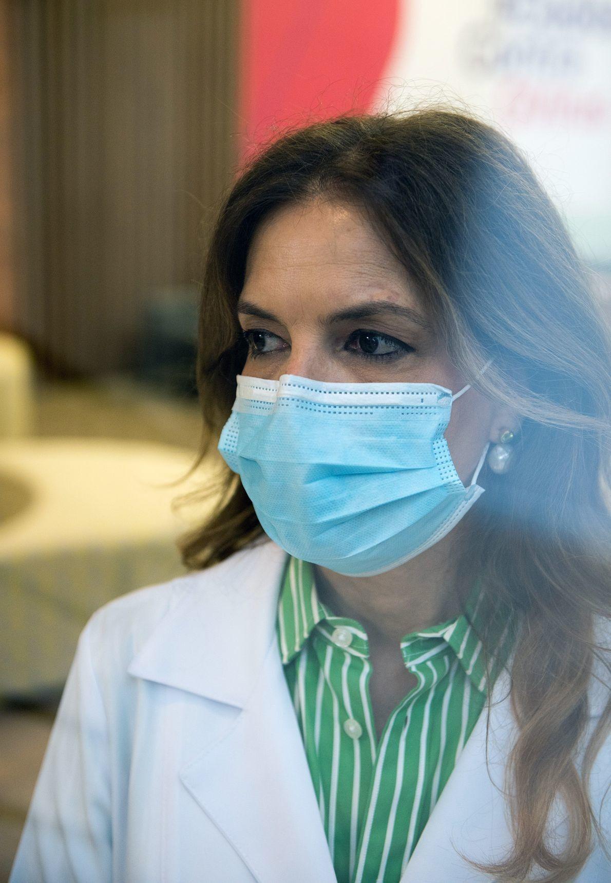 La investigación clínica de ChAdOx1 llegó al país gracias al trabajo de Sue Ann Costa Clemens. ...
