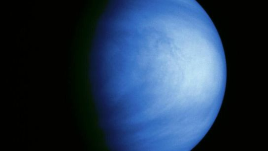 La sonda Galileo sacó esta imagen en color de Venus el 14 de febrero de 1990 ...