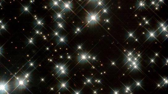 Enanas blancas en la Vía Láctea, observadas con el Telescopio Espacial Hubble de la NASA en ...