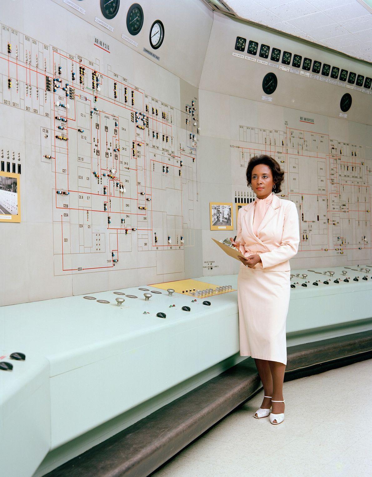 Nacida en 1933 en Birmingham, Alabama, Annie Easley comenzó su carrera en la NASA (luego en ...